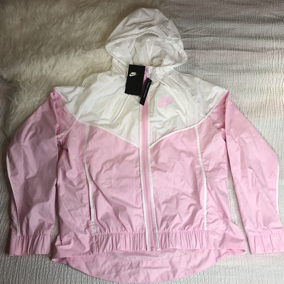 Nike Windrunner Hooded Jacket Standard Fit Size M NWT